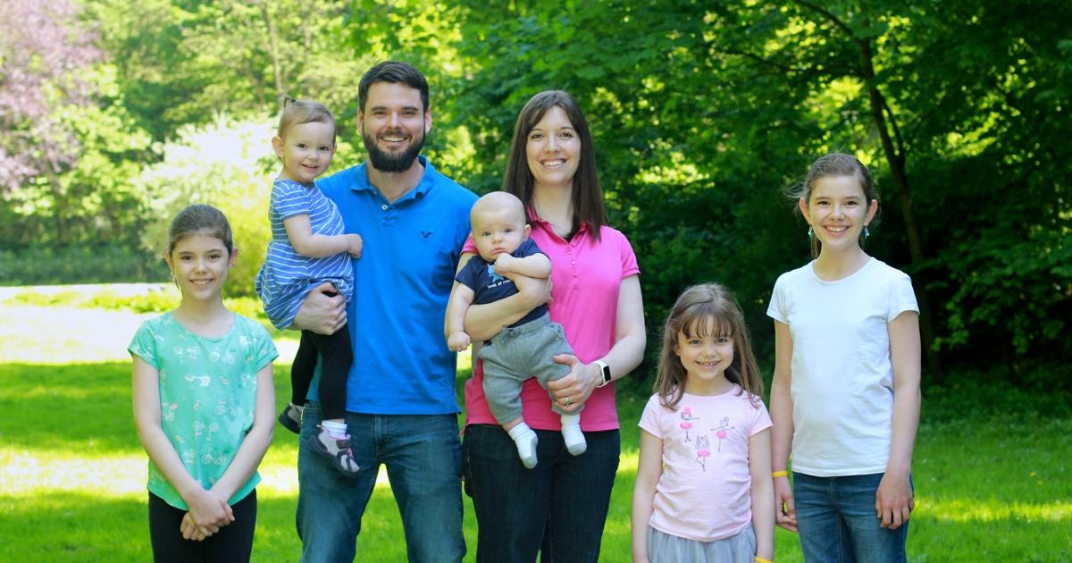 Steele family 2017 1200w